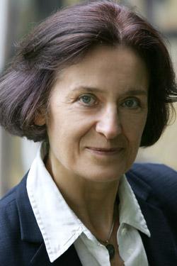 Dr. Barbara Knab